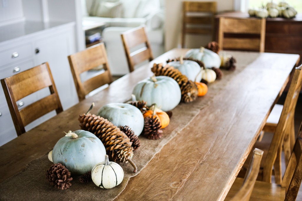 thanksgiving table-110