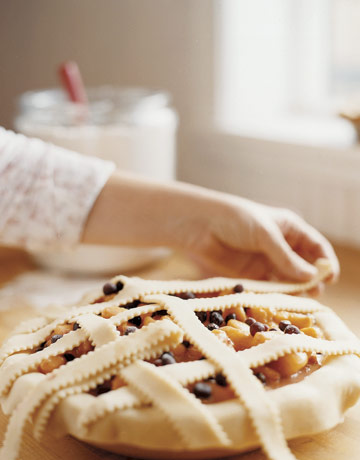 laying-lattice-crust-ABFOOD0506-de